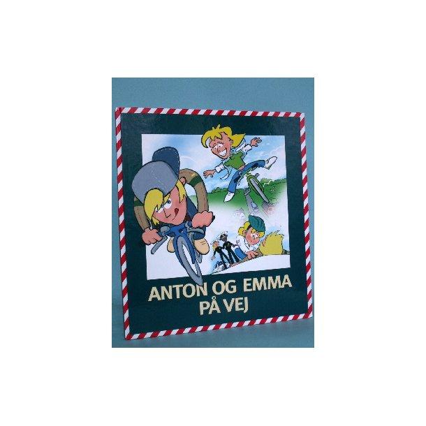 Anton og Emma på vej, v. Søren Kirkemann